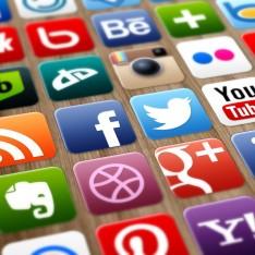 photodune-4963010-social-media-s